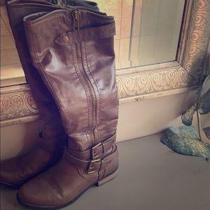 "Rampage 14"" boots. EUC. Size 8M."